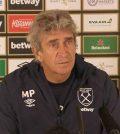 Мануэль Пеллегрини на пресс-конференции перед матчем с «Челси»