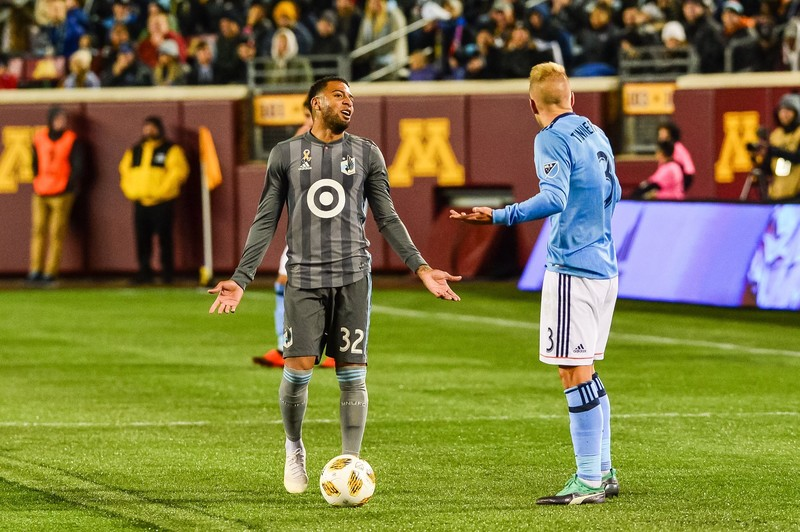 Алекси Гомес и Антон Тиммерхольм в выездном матче «Нью-Йорк Сити» против «Миннесоты Юнайтед» (2:1)