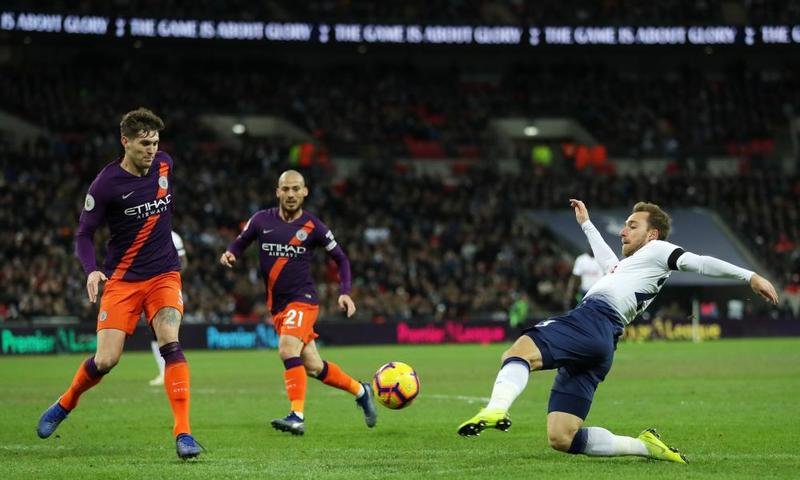 Кристиан Эриксен в домашнем матче «Тоттенхэма» против «Манчестера Сити» (0:1)