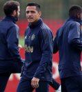 Алексис Санчес на тренировке «Манчестер Юнайтед» перед выездным матчем против «Борнмута»