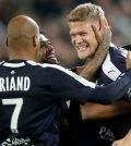Игроки «Бордо» празднуют гол в домашнем матче против ПСЖ (2:2)