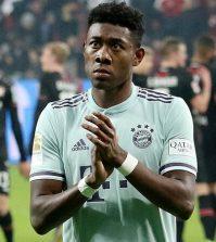 Фото с матча Байер 3:1 Бавария