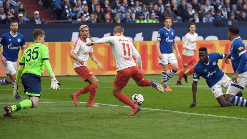 Фото с матча Шальке 0:1 РБ Лейпциг