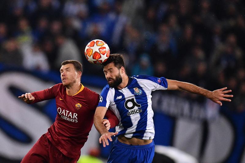 Фото с матча Рома 1:2 Порту
