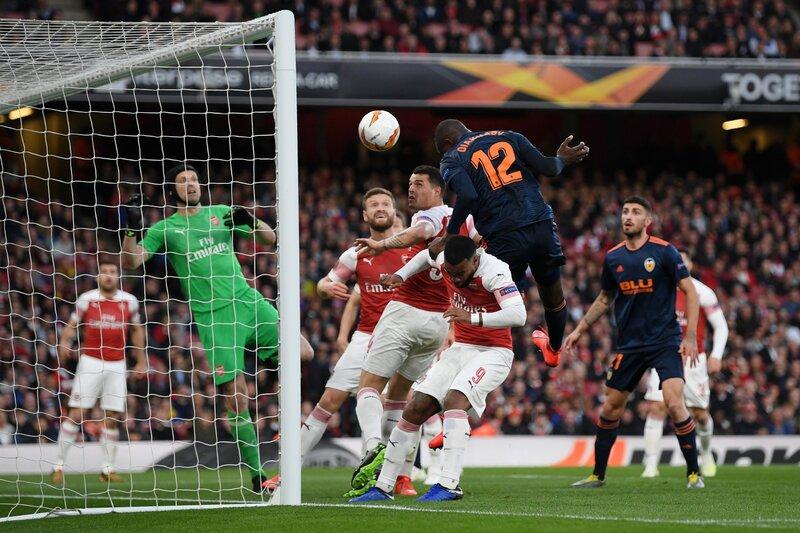 Фото с матча Арсенал 3:1 Валенсия