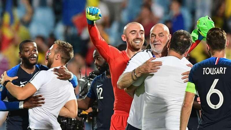 Фото с матча Франция 0:0 Румыния (сборные до 21-го года)