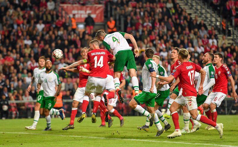 Фото с матча Дания 1:1 Ирландия