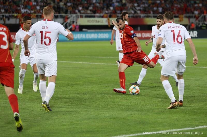 Фото с матча Северная Македония 0:1 Польша