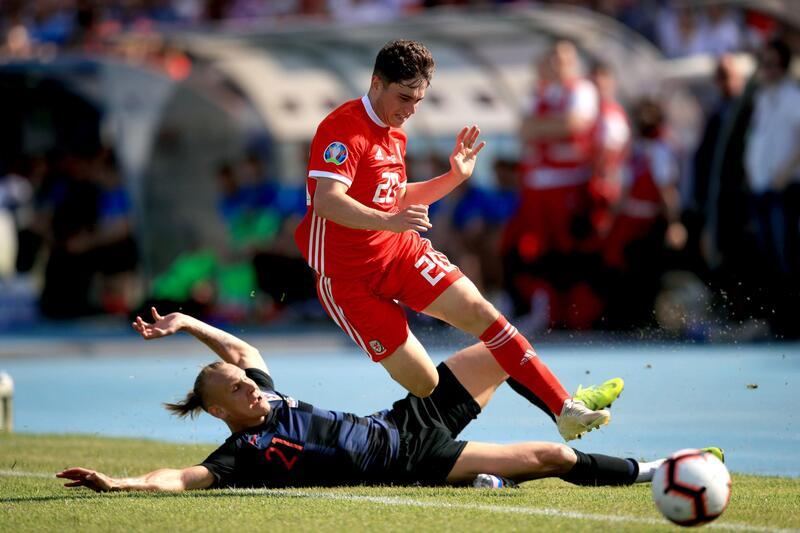 Фото с матча Хорватия 2:1 Уэльс