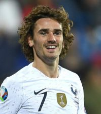 Фото с матча Исландия 0:1 Франция