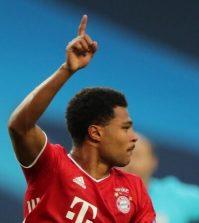 Фото с матча Лион 0:3 Бавария